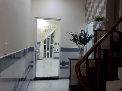 Bán nhà Nguyễn Trọng Tuyển, Tân Bình DT 33m2 , SHR