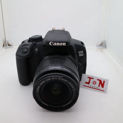 Bán Canon 700D kèm ống kính kit 18-55