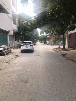 Bán 156m2 đất mặt đường xã Đại Thành, Quốc Oai.