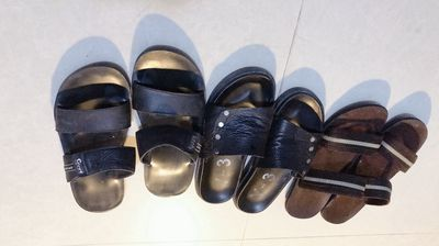 Sandal vs dép da size 39
