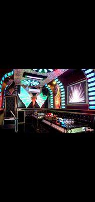 Cần Bán quán karaoke gồm Nhà, Đất, Quán karaoke