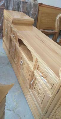 Kệ : gỗ ,3khoang , dài 2,5 m.cao 70