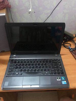 Cần bán Laptop Sony vaio ci3-ram4g-320Gb