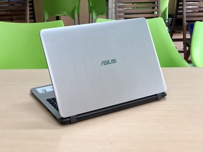 Asus VivoBook X507UF i3 8130 Full HD Card Rời GÓP