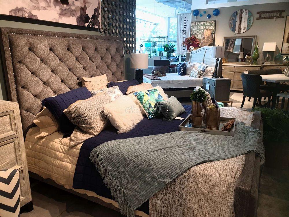 Thanh Lý giường mới siêu đẹp mới mua tại Phố Xinh