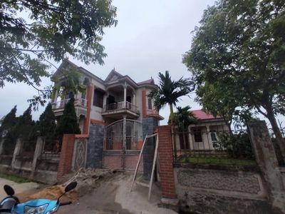 Nhà 2 tầng, có đất vườn sau nhà 600m2. Sóc Sơn-HN