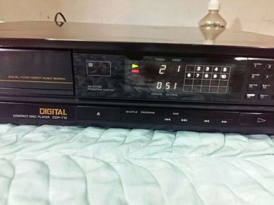 Đầu CD SONY CDP - 710