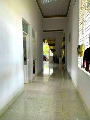 Nhà C4  7x29 tc 60 Thôn 8 xã Hoà Thuận