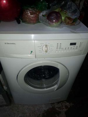 Máy giặt  7.0 kg. Electrolux