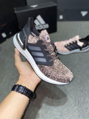 Adidas Ultra Boost 20 Statics. Size 40-45