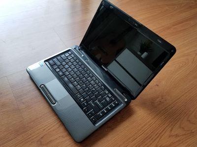 Bán rẻ 01 laptop Toshiba L645 ram8g bền bỉ mượt mà