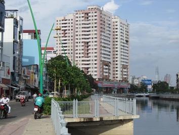 Chung cư Screc Tower 81m² 2PN