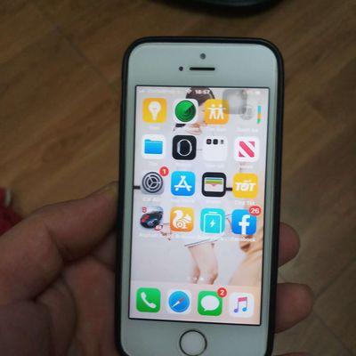 Iphone 5s dùng ok tất kể cả bin