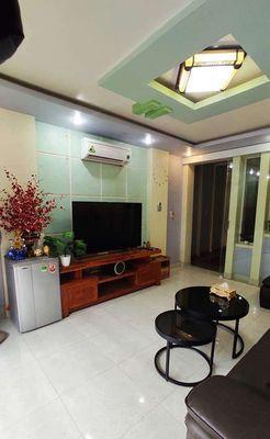 Nhà đẹp 4 tầng Văn Cao, có cho để Ôtô miễn phí