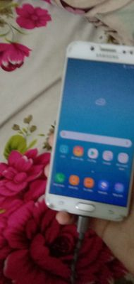 Samsung Galaxy J7 Plus Đỏ 32 GB gl