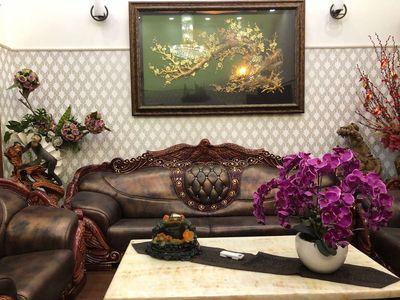 -Cần bán gấp mặt tiền Nguyễn Chí Thanh p12 Q5