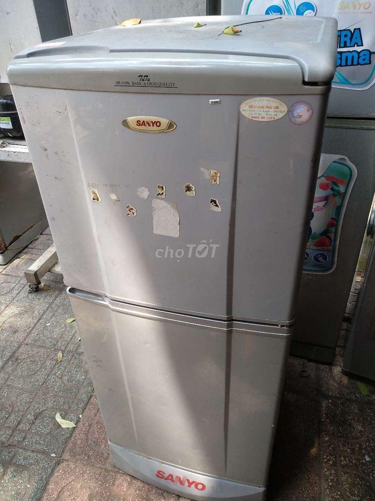 0344086023 - Tủ lạnh Sanyo không đóng tuyết, đang xài tốt