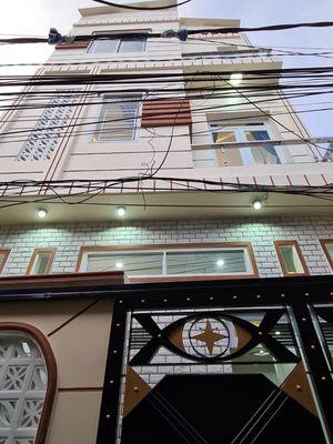 Nhà 2 lầu, hẻm 71 Lý Tự Trọng gần cv Lưu Hữu Phước