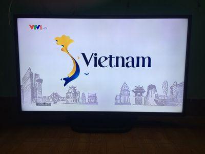 """Tivi Lg 42"""" + đầu smart box giá hộ nghèo."""