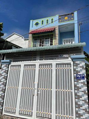 Nhà 1 trệt 1 lầu cách Trần Văn Mười 50m