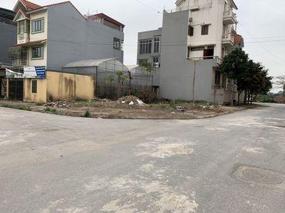 Cần bán mảnh đất mặt đường Từ Bắc Hà - Trường May