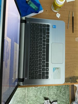 Bán em laptop cực mới mình đổi máy nên bán lại!!