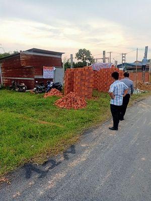 đất  5 x 32 full Thổ cách Nguyễn Thị Lắng 200m