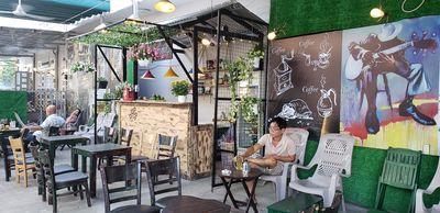 Sang quán cà phê mới ngay góc 2 mt đường Cây Trâm