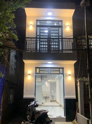 Nhà mới 1 trệt 1 lầu hẻm thoại Ngọc hầu Mỹ Phước