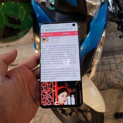 Samsung Galaxy S10 ram 8g Đen 128 GB nứt lưng nhẹ