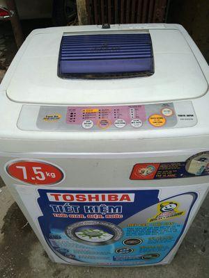 Máy giặt Toshiba 7,5kg còn tốt bảo hành 6tháng