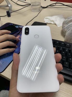 Xiaomi Mi8 trắng 6/64 hình thức 98% full box