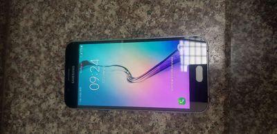 Samsung A8 2015 đẹp nứt kính nhẹ