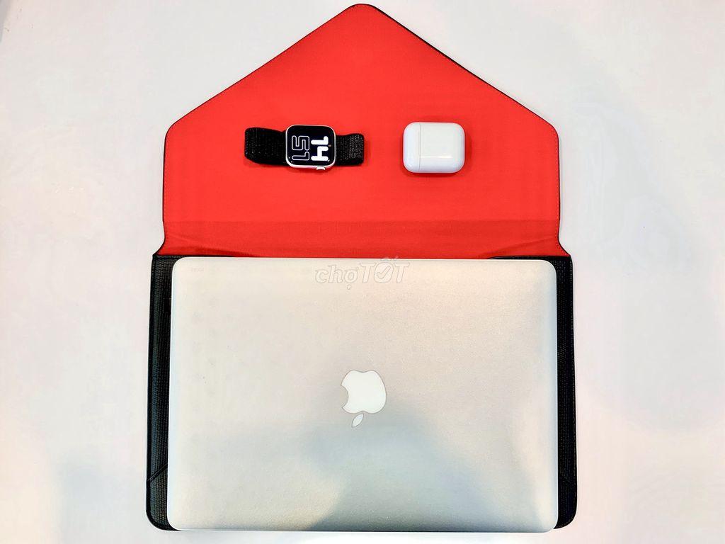 0773780998 - Macbook Air + (Bao da)