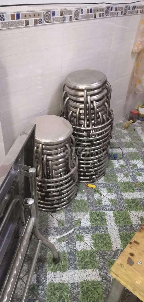 Thanh lý xe đồ ăn mới và bộ bàn ghế inox