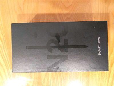 Cần bán Samsung note 20 unltra, nguyên hộp.