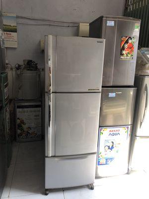 Tủ lạnh Toshiba 350L 3 ngăn còn đẹp chạy tốt có BH