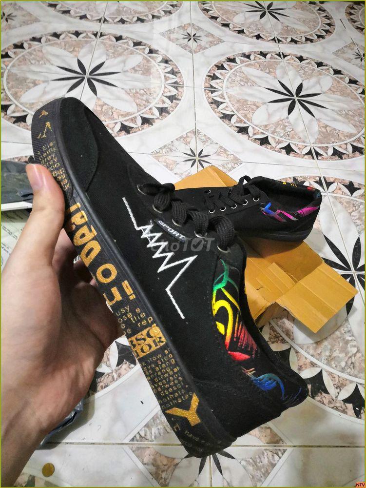 Giày NTV Rainbow , đen hoạ tiết, size 42
