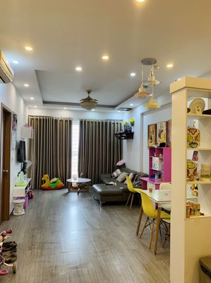 Bán căn hộ 2PN FULL NT khu 3 toà mới KĐT Thanh Hà