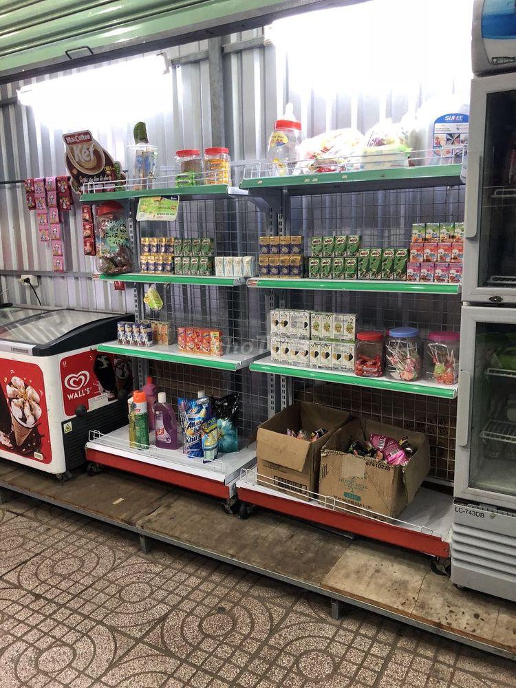 Thanh lý kệ siêu thị ở Bình Tân