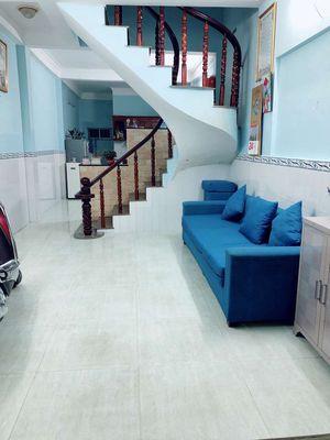 Nhà 1 lầu (3,5m x 15m) 2 PN, 2 WC, sổ hồng