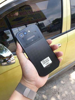 Smartphone DooGee Đen 16 GB nồi đồng cối đá