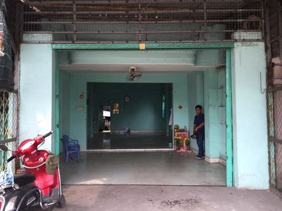 Mặt bằng kinh doanh Huyện Bình Chánh 69m²