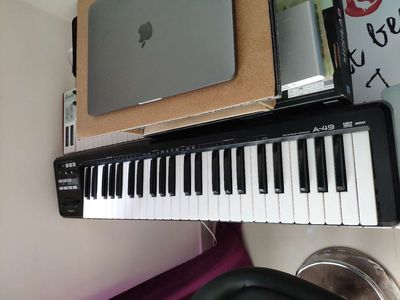 Roland a-49 keyboard midi controller