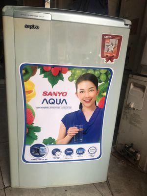 Tủ lạnh mini sanyo aqua 90 lít miễn phí giao tủ