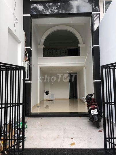 Cho thuê mặt bằng đường Lê Hồng Phong, Quận 10