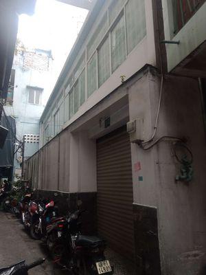 Bán nhà đường Huỳnh Tấn Phát, Quận 7: 8.5m x 12m