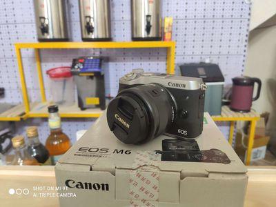 Máy ảnh Canon M6 chính chủ dùng cực ít