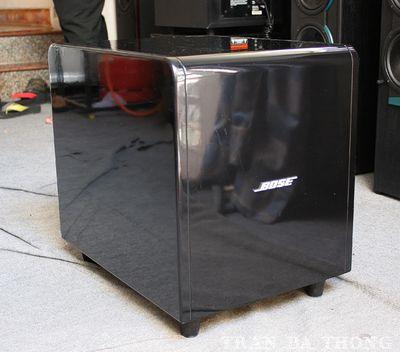 Cần nâng cấp nên bán sub điện Bose 1200
