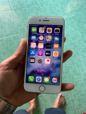 Dư con iphone 8 màu gold 64gb